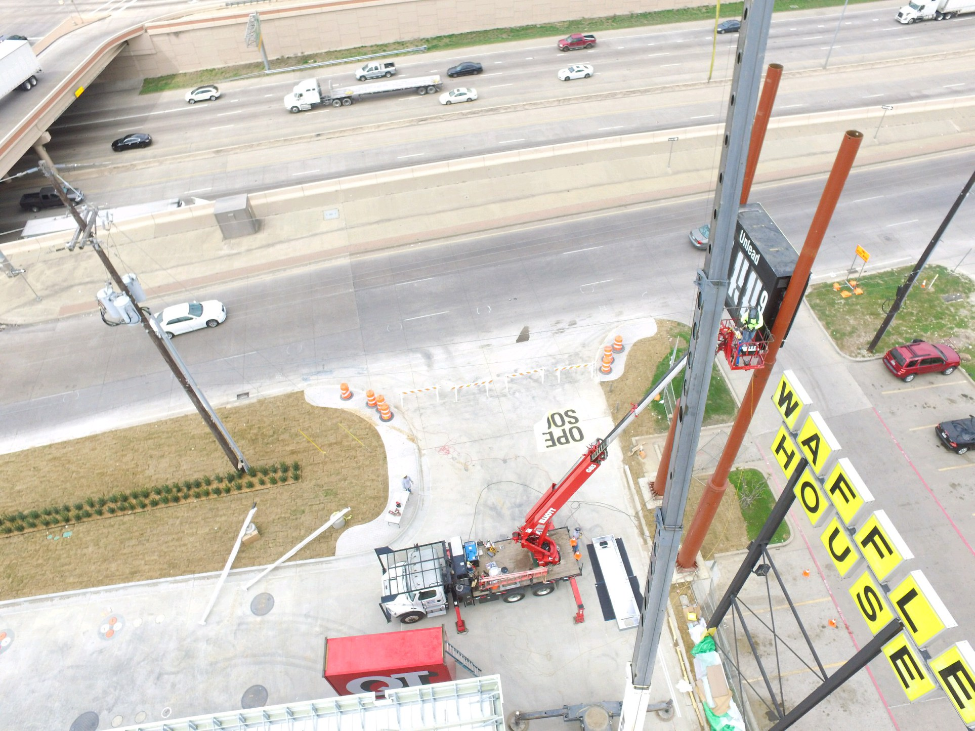 Sign Installers Aren't Afraid of Heights!